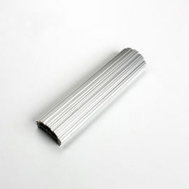 চীন Light Weight Oxidation Silver Color Aluminium LED Profiles with Heat Sink Function কারখানা